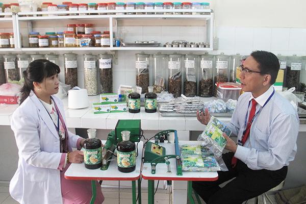 Nghiên cứu bào chế các sản phẩm từ dược liệu