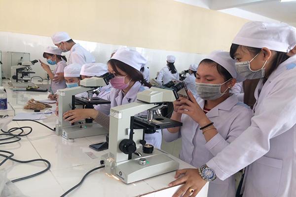 Nghiên cứu mối tương quan giữa oxit nitric….và kiểm soát hen suyễn ở trẻ em Việt Nam